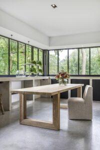 Gommaire-indoor-french_oak-furniture-table_modi-G342S-OAK-Antwerp
